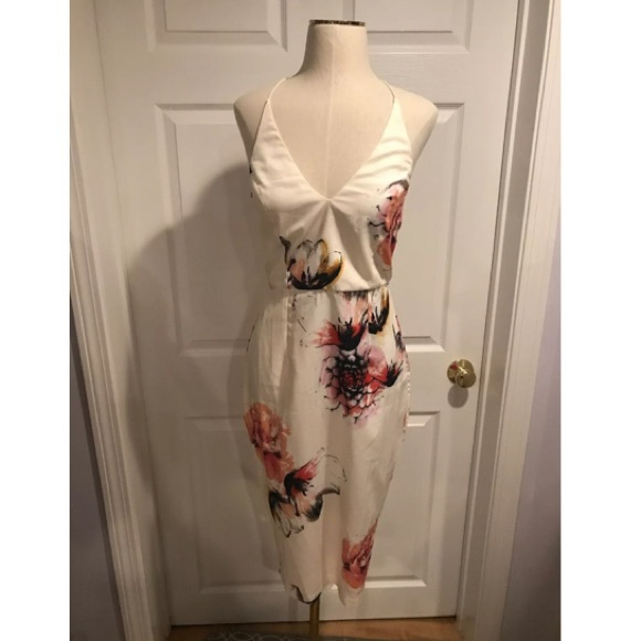 Missguided Dresses & Skirts - Misguided Floral Midi Dress NWOT